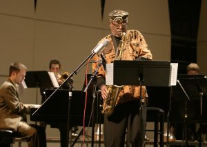 dewey redman playing saxophone